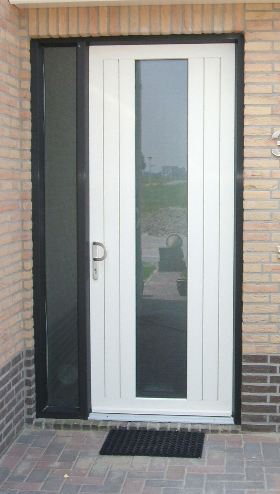 Deur plaatsen ydema deuren goedkoop en kwaliteit bij for Deuren specialist