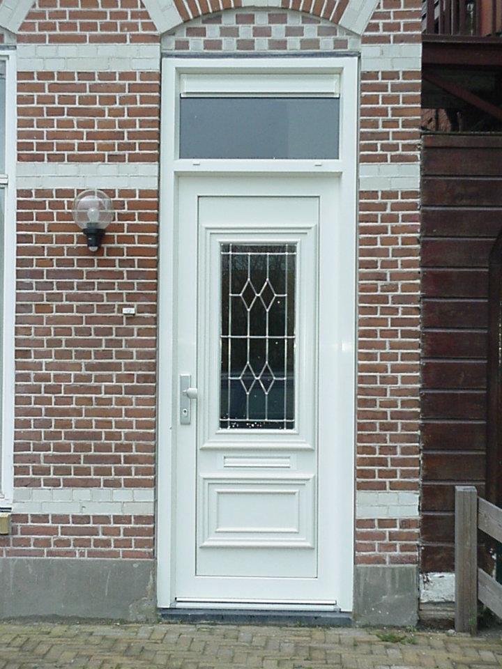 reparatie kunststof deur